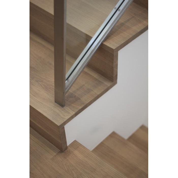 221D-Stair-3
